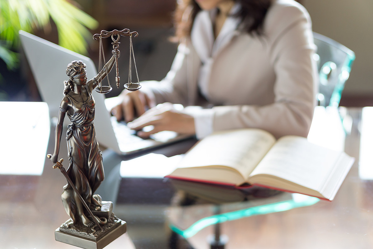 GettyImages-attorney